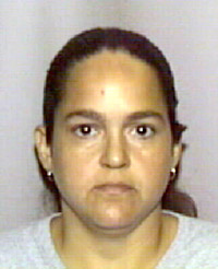 Elizabeth Barrios-Cantillo, wanted fugitive by the USPIS